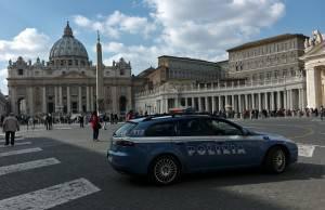 Pedofilia Vaticano Prete