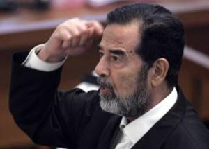 Distrutto mausoleo Saddam Hussein