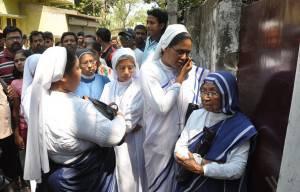Le altre suore appartenenti al convento in cui è avvenuta l'aggressione (STR/Getty Images)
