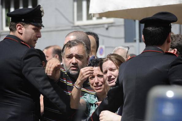 Carabinieri a Napoli (ROBERTO SALOMONE/AFP/Getty Images)