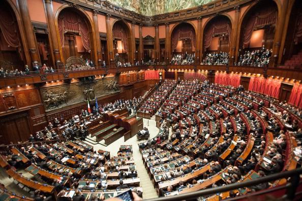 Stop ai vitalizi ai parlamentari faremo presto for Notizie parlamento italiano