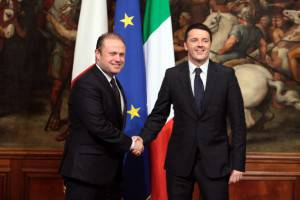Matteo Renzi e Joseph Muscat (Elisabetta Villa/Getty Images)
