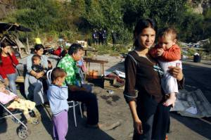 Campo rom (foto di repertorio di FRANK PERRY/AFP/Getty Images)