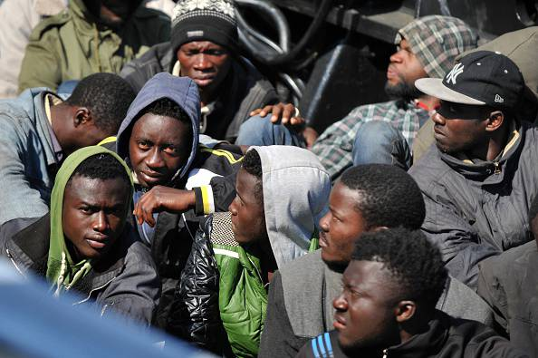 Migranti, lanciati dal barcone perché cristiani
