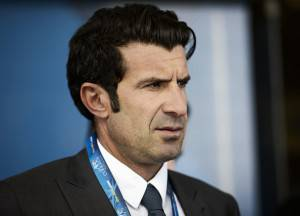 Luis Figo (Photo credit should read MOHAMMED AL-SHAIKH/AFP/Getty Images)