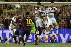 Barcellona-Bayern Monaco (Photo credit should read LLUIS GENE/AFP/Getty Images)