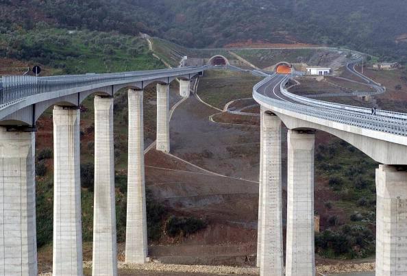 Maltempo viadotto A6: disagi sfollati