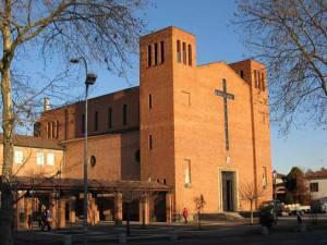 La chiesa di Altichiero (Foto Filippof, licenza CC-BY-SA-3.0)