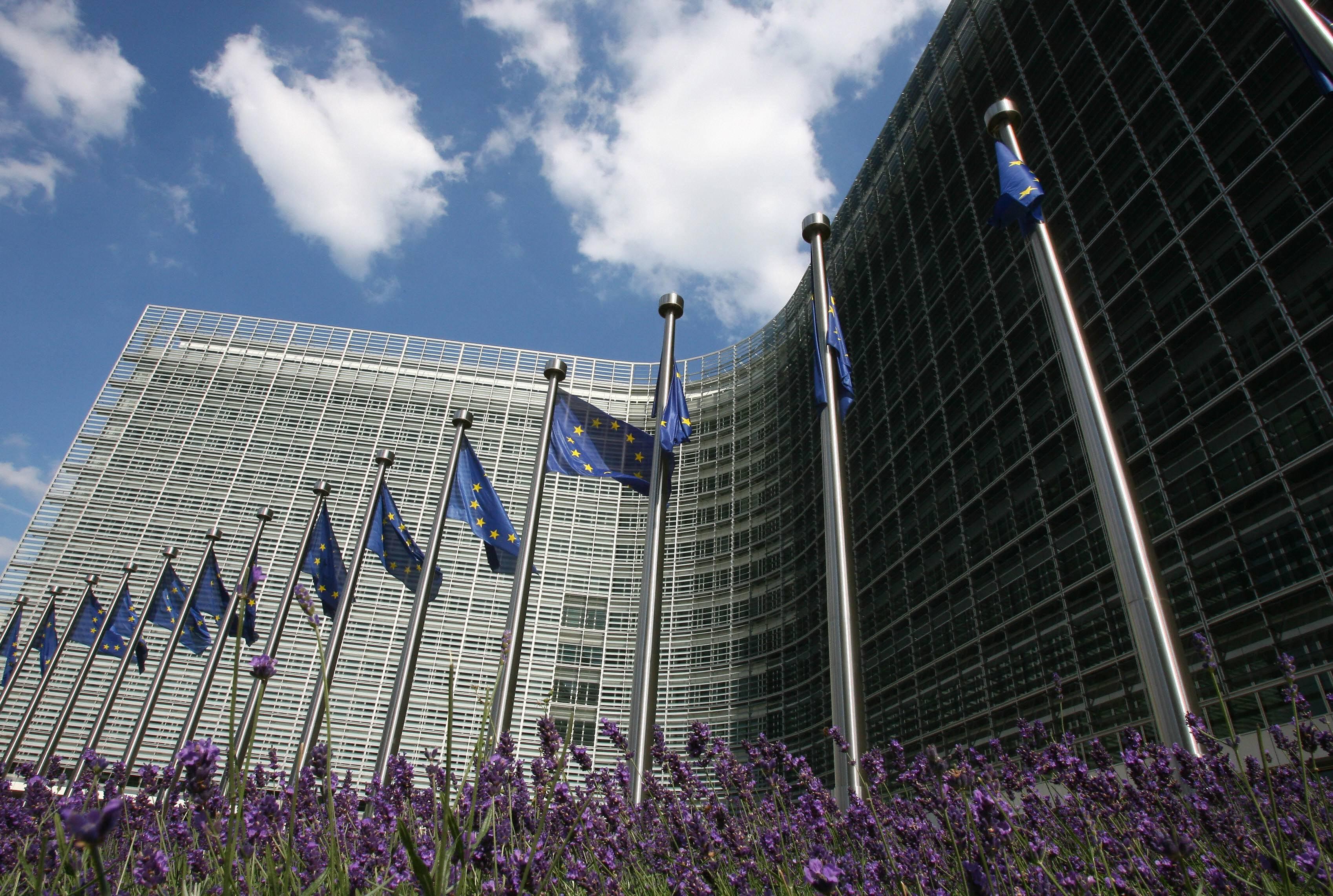 Stangata sui conti dalla Ue: no all'inversione contabile dell'Iva