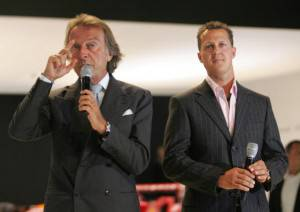 Michael Schumacher e Luca di Montezemolo (Photo credit should read JUERGEN SCHWARZ/AFP/Getty Images)