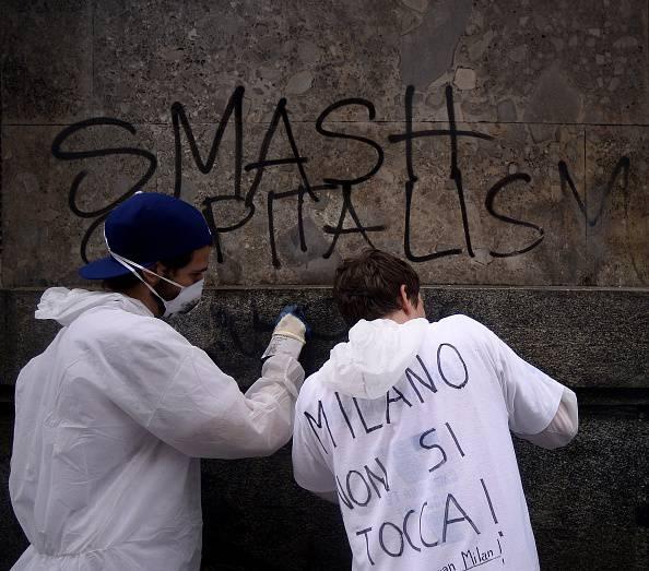 """""""Nessuno tocchi Milano"""" a centinaia in strada per ripulire la città"""