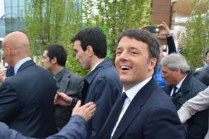 MILAN, ITALY - MAY 1:   Italian Prime Minister Matteo Renzi (R) attends the official opening of the Milan Expo 2015 in Milan, Italy, 01 May 2015.   The six-month event will run until 31 October. Some 140 countries, the United Nations and the European Union will have displays at the Expo grounds. (Photo by Baris Seckin/Anadolu Agency/Getty Images)