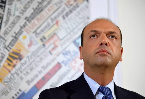 """Alfano: """"Dopo Milano, tutti allenatori di ordine pubblico"""""""