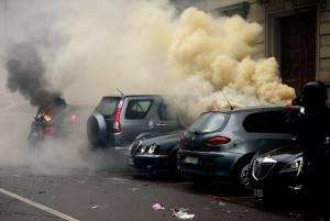 Milano a ferro e fuoco (FILIPPO MONTEFORTE/AFP/Getty Images)