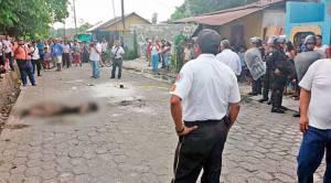 Bruciata viva Guatemala 16 anni