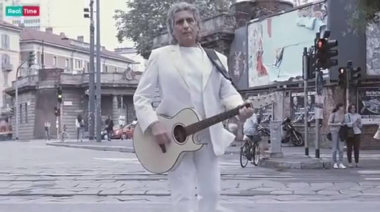 Toto Cutugno canta 'L'italiano' in cinese -VIDEO