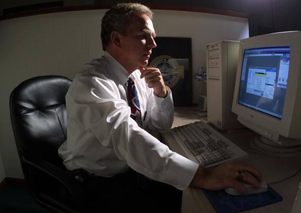Nuovo scandalo Ama, video pedopornografici sul pc di un manager