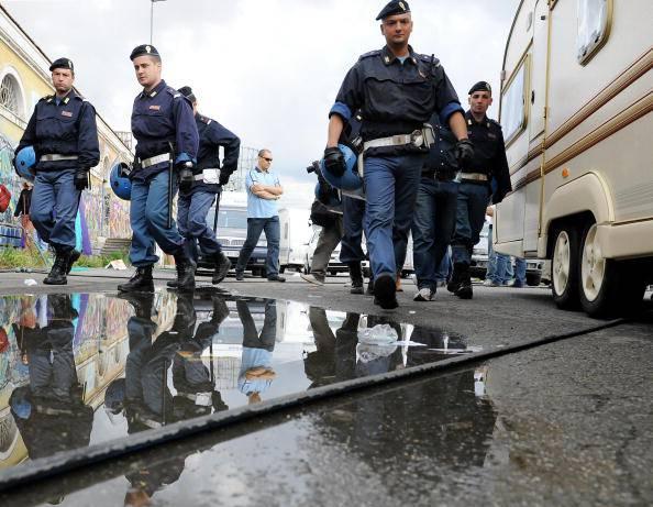 "Tunisino aggredito da gang: ""Sei uno zingaro"""