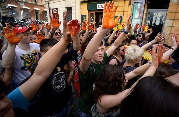 Ddl scuola: fiducia in Aula, proteste in piazza