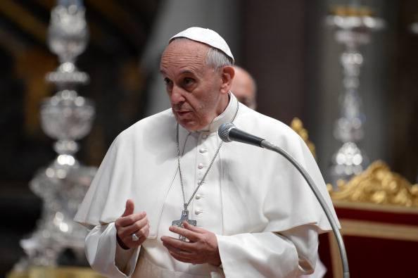 """Il Papa ai politici: """"Non cercate il vostro tornaconto"""""""