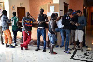 migranti profughi hotel