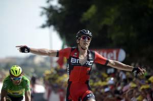 Greg Van Avermaet (R)  (Photo credit should read JEFF PACHOUD/AFP/Getty Images)