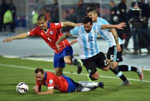 Argentina Cile A        (Photo credit should read NELSON ALMEIDA/AFP/Getty Images)