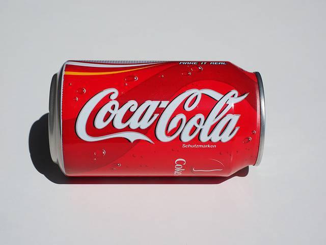 Ecco cosa succede al tuo corpo quando bevi cocacola