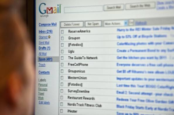 Mail da uno stalker per 10 anni …