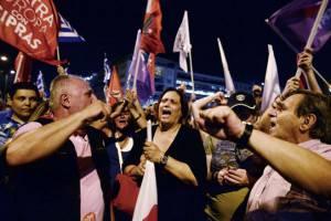 "Il fronte del ""No"" in piazza (LOUISA GOULIAMAKI/AFP/Getty Images)"