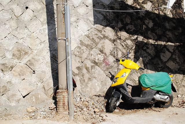 Tragico incidente in scooter: bambino muore a 8 anni