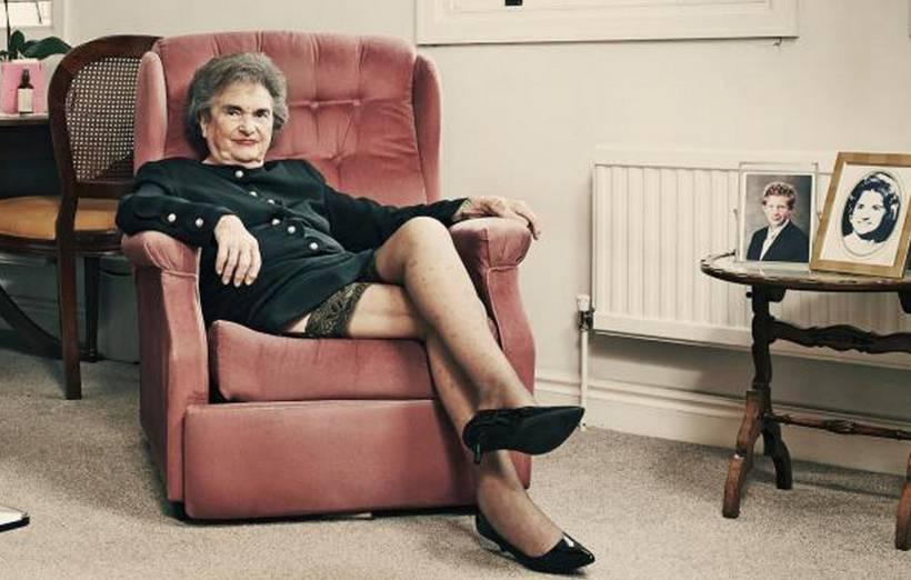 Sheila, escort a 85 anni (a 300 euro all'ora)