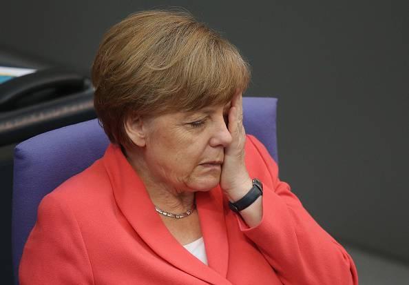 """Merkel: """"Non venite in Germania, non è l'Eldorado"""""""