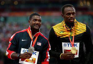 Bolt e Gatlin sul podio dei 200 (getty images)