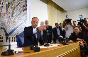 Angelino Alfano (ALBERTO PIZZOLI/AFP/Getty Images)