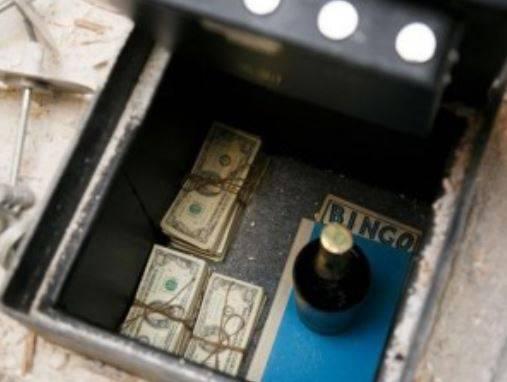 50 mila dollari sotto il pavimento della cucina, l'enigma (quasi) perfetto