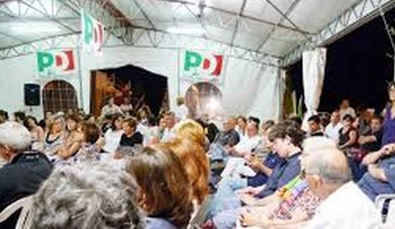 """Profughi usati come """"volontari"""" alla Festa dell'Unità, bufera sul PD"""