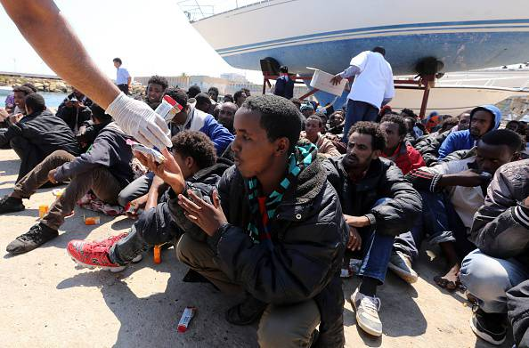 L'Italia dovrà risarcire tre tunisini soccorsi a Lampedusa