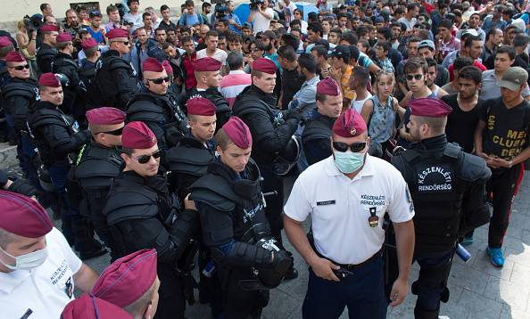 Migranti Merkel Italia