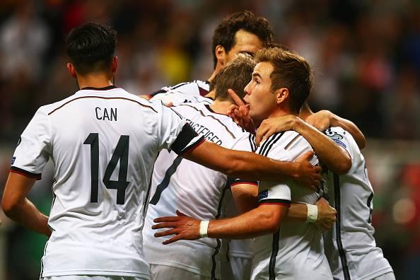 Euro 2016, la Germania si riscatta con la Polonia, De Biasi resiste in Danimarca, disastro Grecia