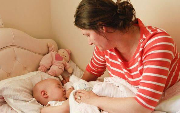 Rachel Salcie con la sua mamma (Foto Daily Mail)