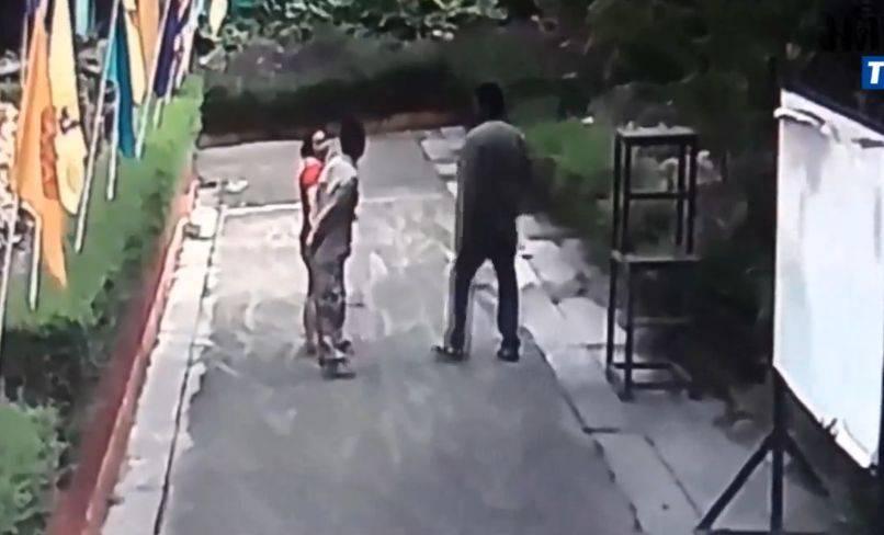 Marito getta acido in faccia alla moglie nel giorno del suo compleanno (VIDEO)