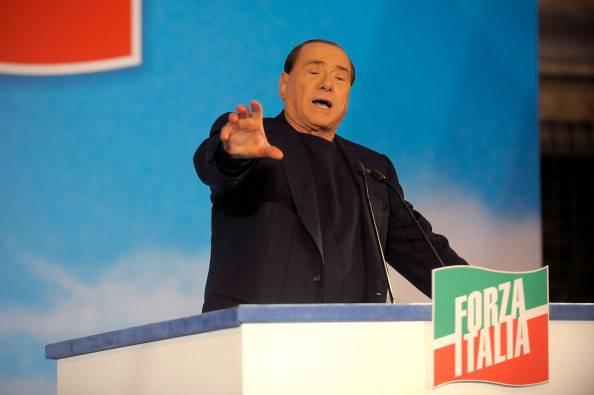 """Berlusconi: """"Senza Senato, si rischia il regime"""""""