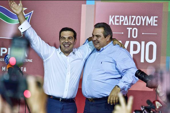 Tsipras col leader di destra Kammenos (Milos Bicanski/Getty Images)