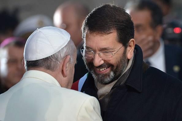 Papa Francesco e Ignazio Marino (TIZIANA FABI/AFP/Getty Images)