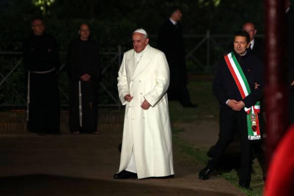 Papa Francesco e il sindaco Marino (Franco Origlia/Getty Images)
