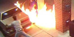 pompa benzina ragno spaventato incendia