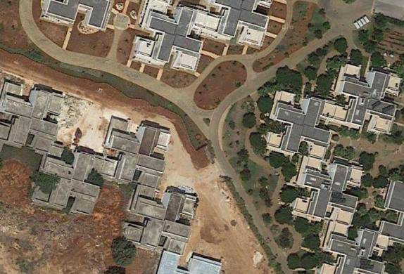 Le ville a forma di svastica (ritaglio da Google Maps)
