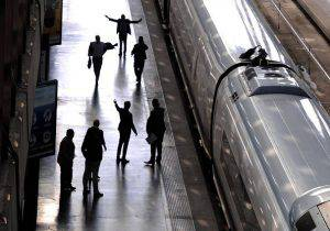 Rapinavano gli studenti sui treni, arrestata gang