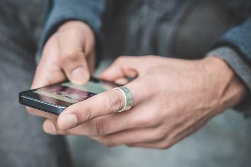 """""""Smartphone e cancro"""": ecco cosa ha scoperto lo studio shock"""